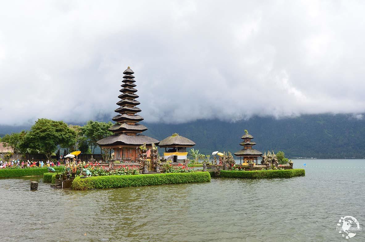 Temple Ulun Danu Bratan