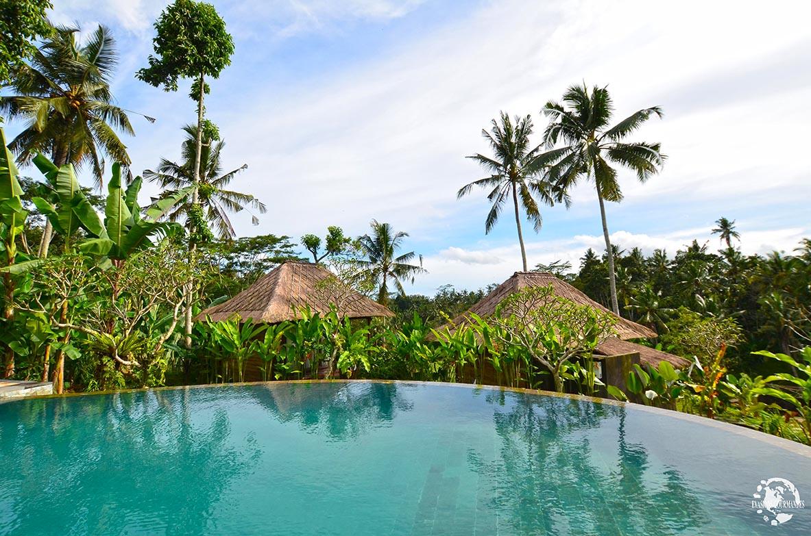 Piscine débordement Bali